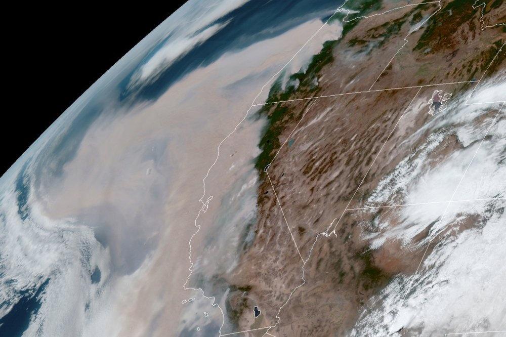 Chay rung khien California trong nhu sao Hoa anh 9
