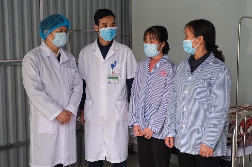 Ca lay nhiem virus corona cho 6 nguoi o Vinh Phuc co khac thuong? hinh anh 2 benh_nhan_Vinh_Phuc_xuat_vien_1.jpg