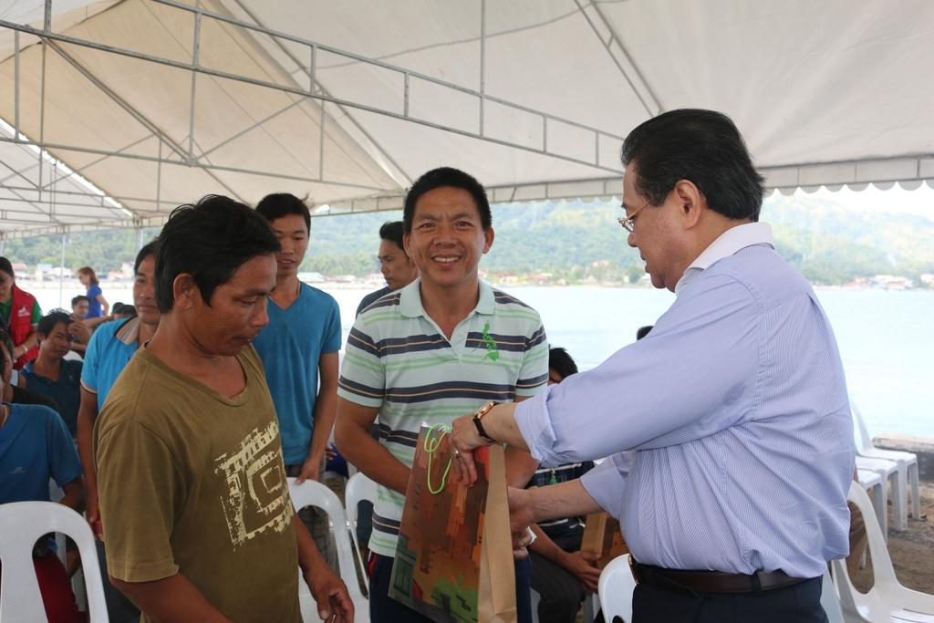 'Philippines san sang che cho ngu dan Viet gap nan' hinh anh 5