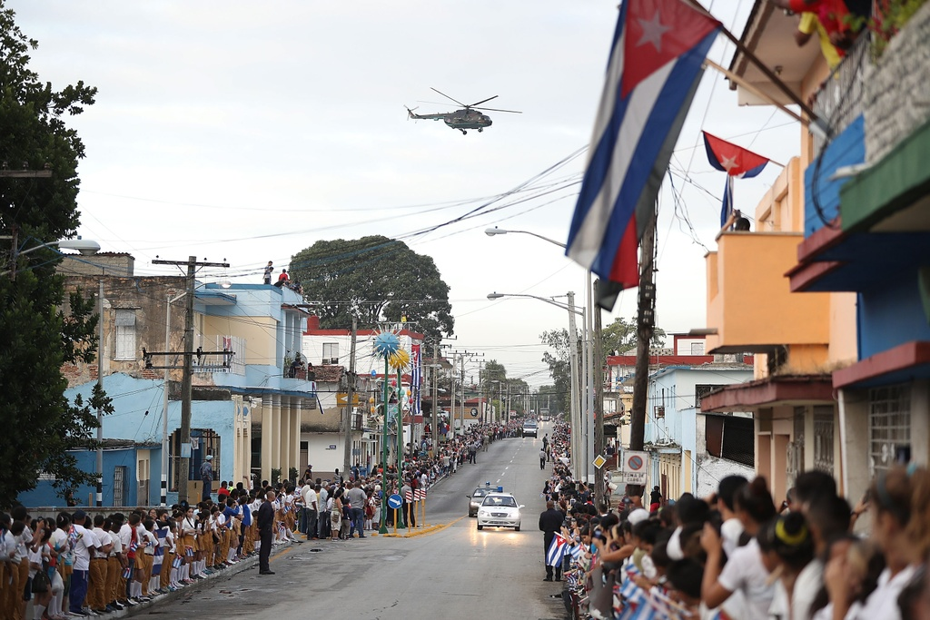 doan xe cho tro cot Fidel Castro anh 7