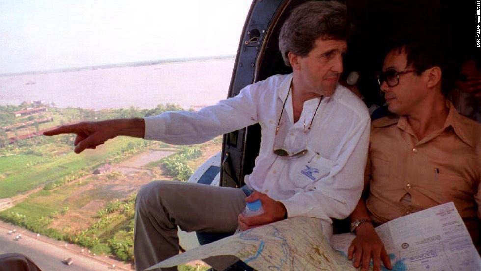 John Kerry phan doi chien tranh Viet Nam anh 4
