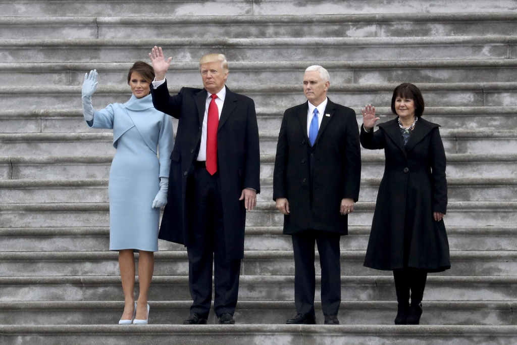 toan van phat bieu nham chuc cua Trump anh 5