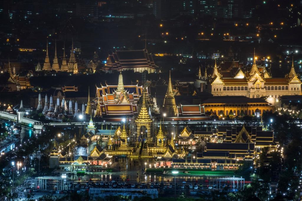 Hoa tang vua Thai: 90 trieu USD va nhung dien nghi tram nam hinh anh 5