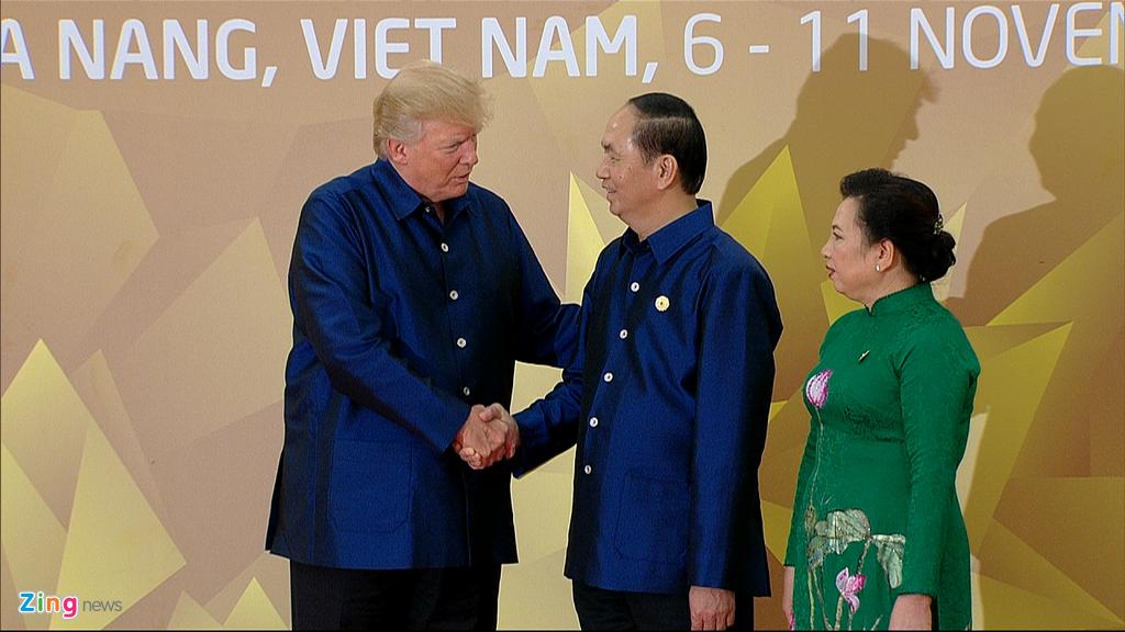 Chu tich nuoc Tran Dai Quang chu tri tiec chieu dai lanh dao APEC hinh anh 3