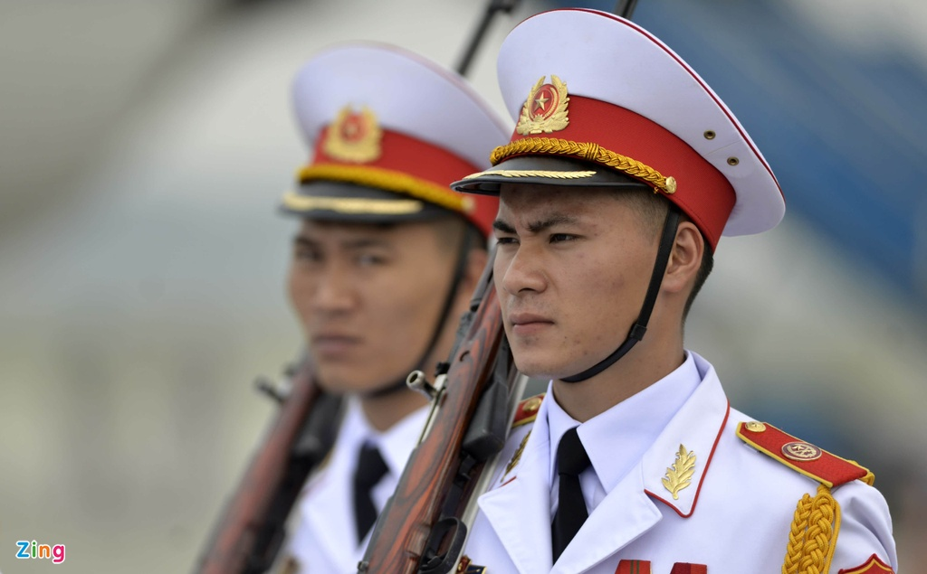 Chu tich Tap Can Binh roi Ha Noi, ket thuc chuyen tham Viet Nam hinh anh 4
