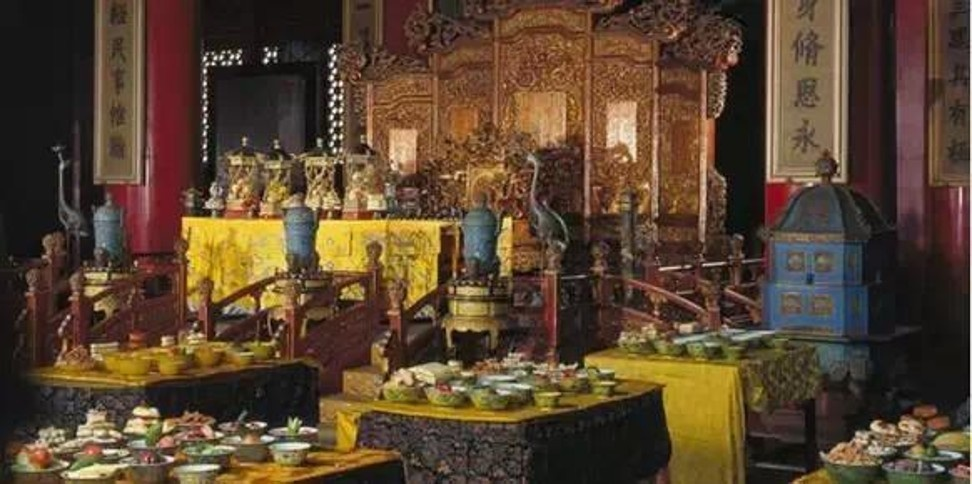 Tham cung co su: Nhung chuyen chua ke ve Tu Hi Thai hau hinh anh 6