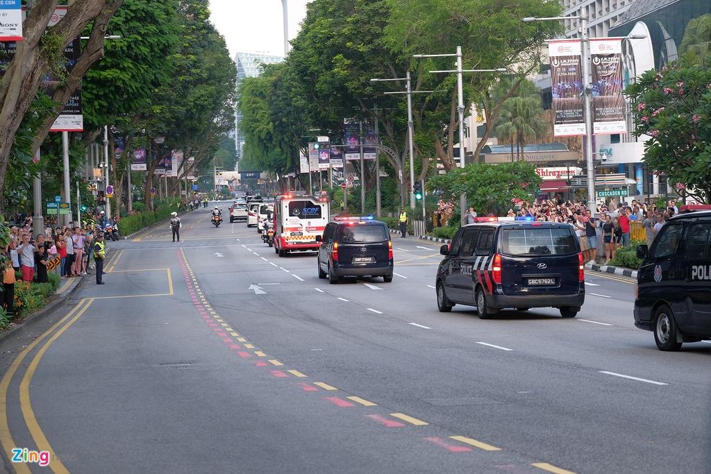 Doan xe cua Kim Jong Un vuot con duong sam uat nhat Singapore hinh anh 7