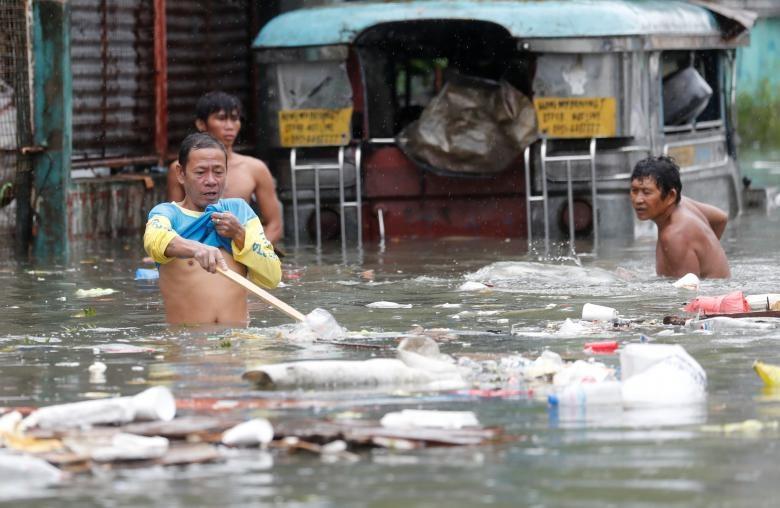 Nguoi Philippines vat lon voi lut vi bao Son Tinh hinh anh 4