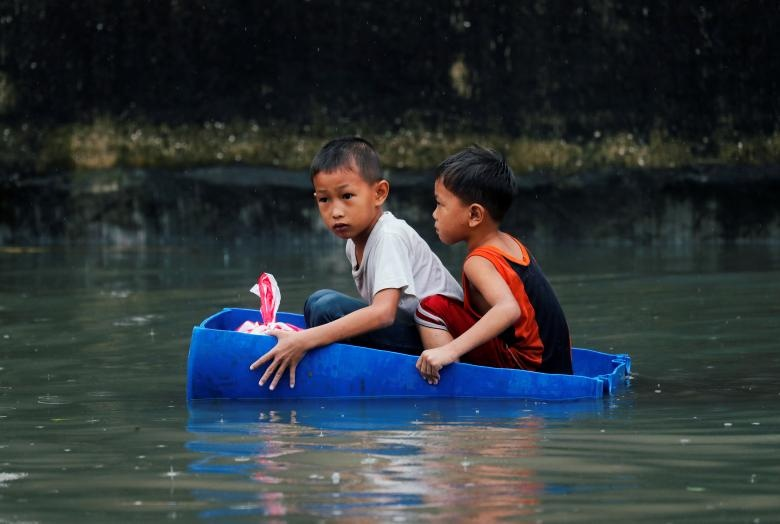 Nguoi Philippines vat lon voi lut vi bao Son Tinh hinh anh 10