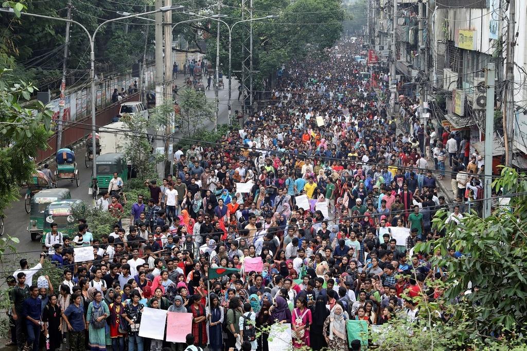 Bieu tinh Bangladesh - vu tai nan lam te liet thanh pho 18 trieu dan hinh anh 1