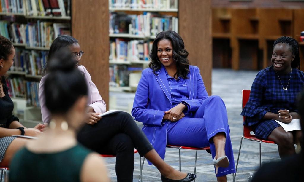 Michelle Obama - Donald Trump: Su doi lap dien hinh cua nuoc My? hinh anh 4