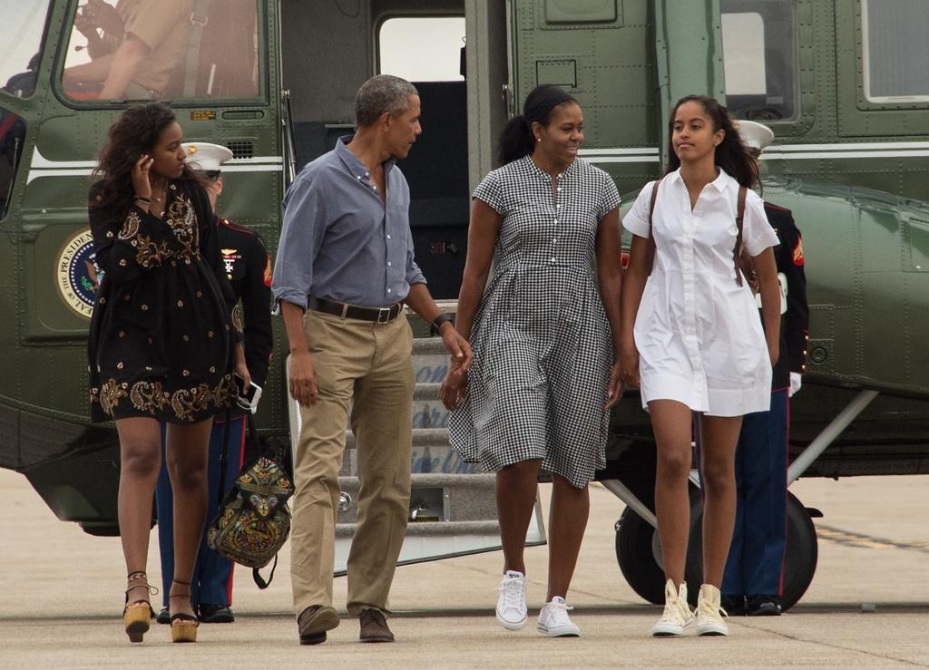 Michelle Obama - Donald Trump: Su doi lap dien hinh cua nuoc My? hinh anh 3