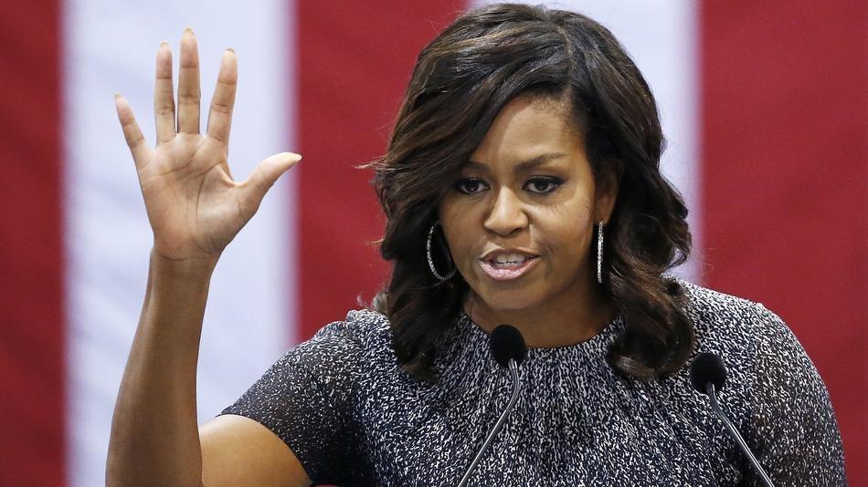 Michelle Obama - Donald Trump: Su doi lap dien hinh cua nuoc My? hinh anh 1