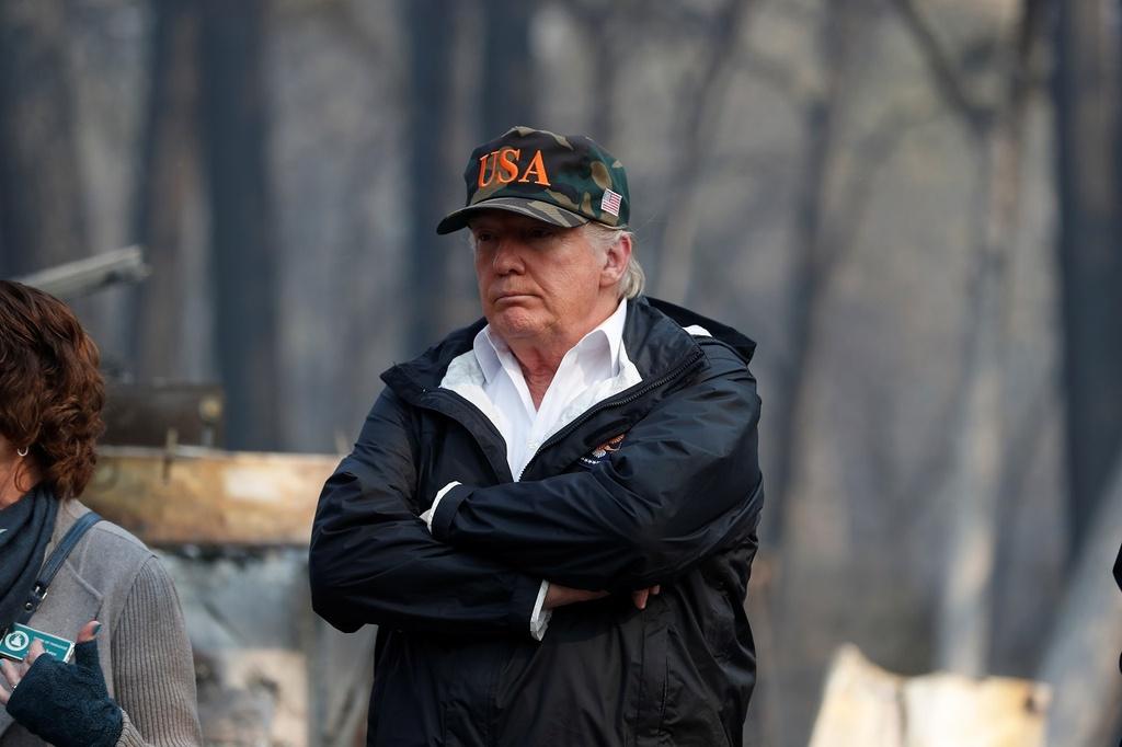 TT Trump den 'Thien duong' hoa tro tan vi chay rung o California hinh anh 2