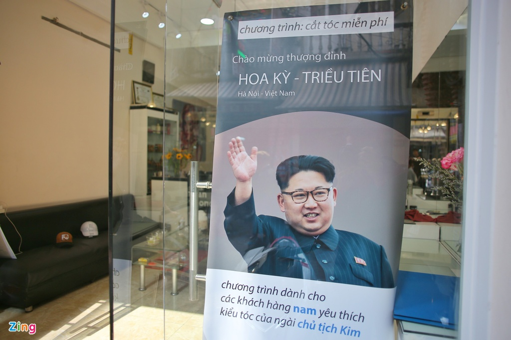 Mien phi cat toc kieu ong Trump, Kim Jong Un tai Ha Noi hinh anh 5