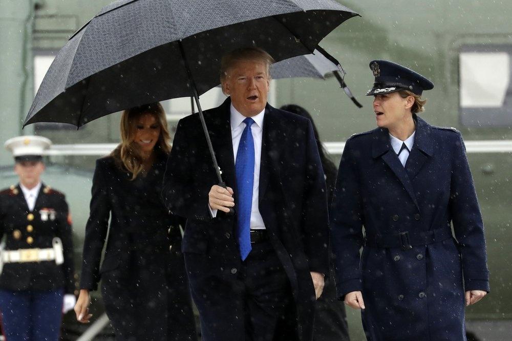 Bong den luan toi bua vay Tong thong Trump tai hoi nghi NATO hinh anh 1 1000_(58).jpeg