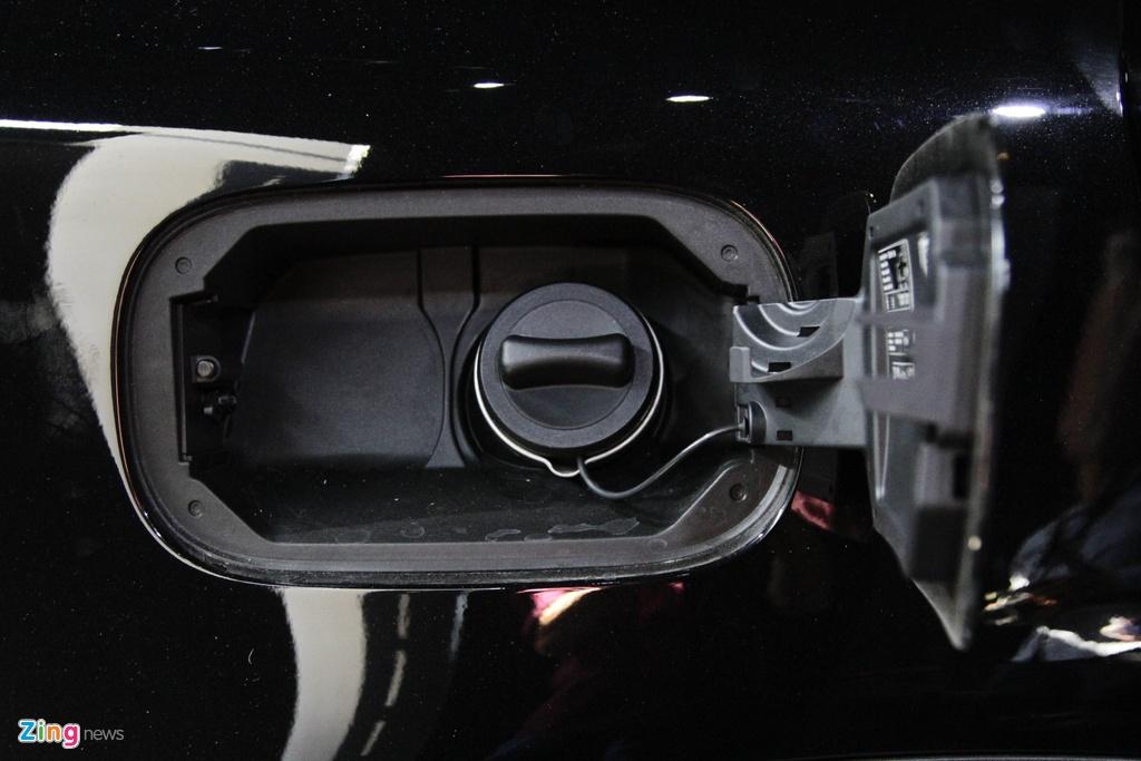 Chi tiet Mercedes-Benz GLC 300 gia 1,9 ty dong vua ra mat hinh anh 6