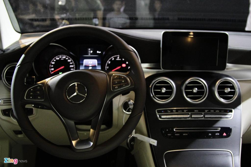 Chi tiet Mercedes-Benz GLC 300 gia 1,9 ty dong vua ra mat hinh anh 12