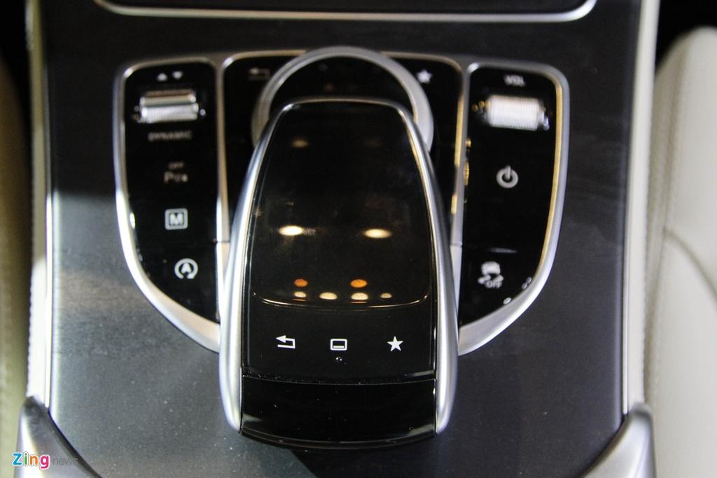 Chi tiet Mercedes-Benz GLC 300 gia 1,9 ty dong vua ra mat hinh anh 14