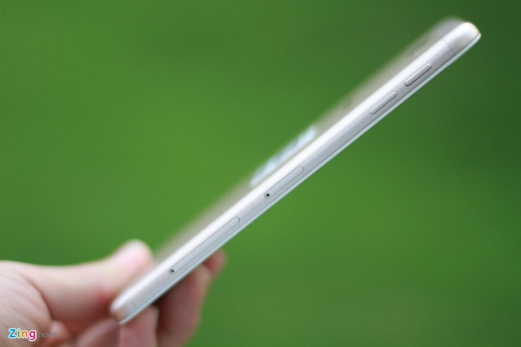 Mo hop Galaxy J7 Prime vua len ke, gia 6,3 trieu dong hinh anh 4