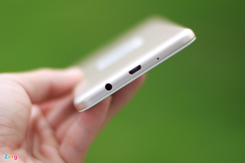 Mo hop Galaxy J7 Prime vua len ke, gia 6,3 trieu dong hinh anh 8