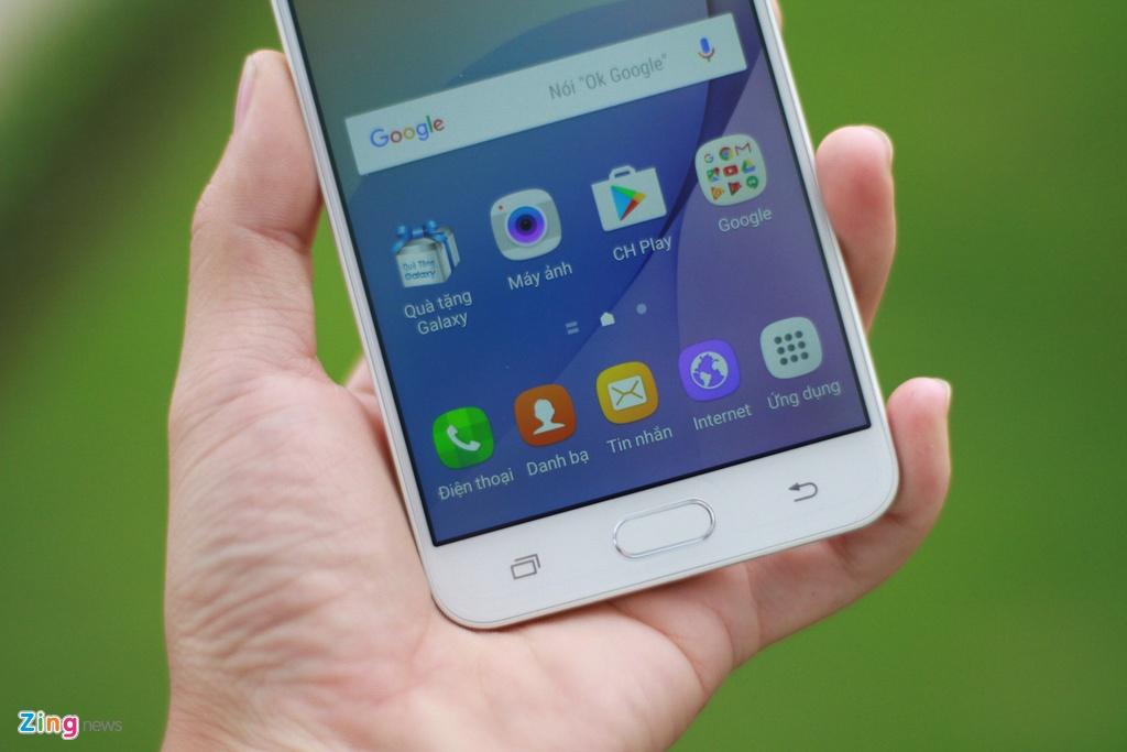 Mo hop Galaxy J7 Prime vua len ke, gia 6,3 trieu dong hinh anh 10
