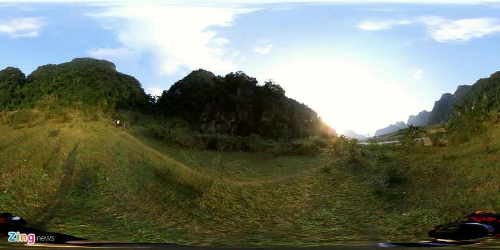 Hang Tu Lan qua ong kinh 360 do hinh anh 1