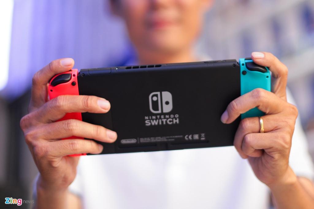 Nintendo Switch: May choi game duoc trong cho ve VN, gia tu 7,5 trieu hinh anh 13