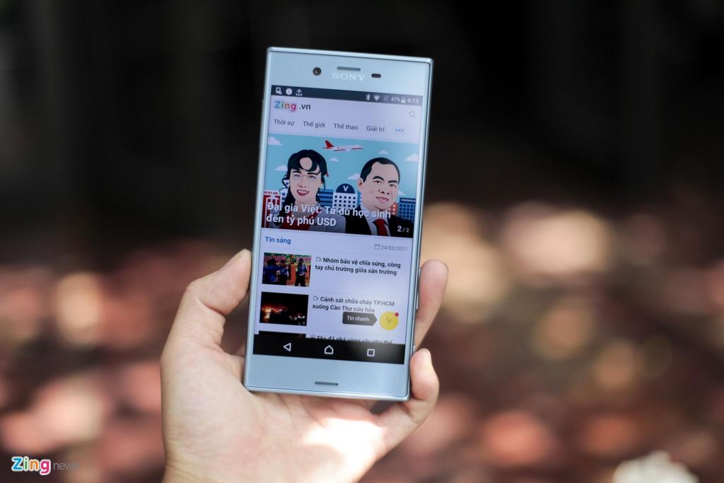 Anh thuc te Sony Xperia XZs gia 14,9 trieu tai Viet Nam hinh anh 13