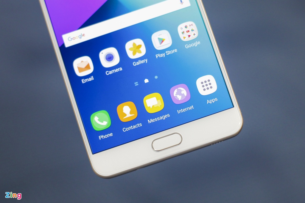 Anh smartphone RAM 6 GB dau tien cua Samsung sap ban tai VN hinh anh 6