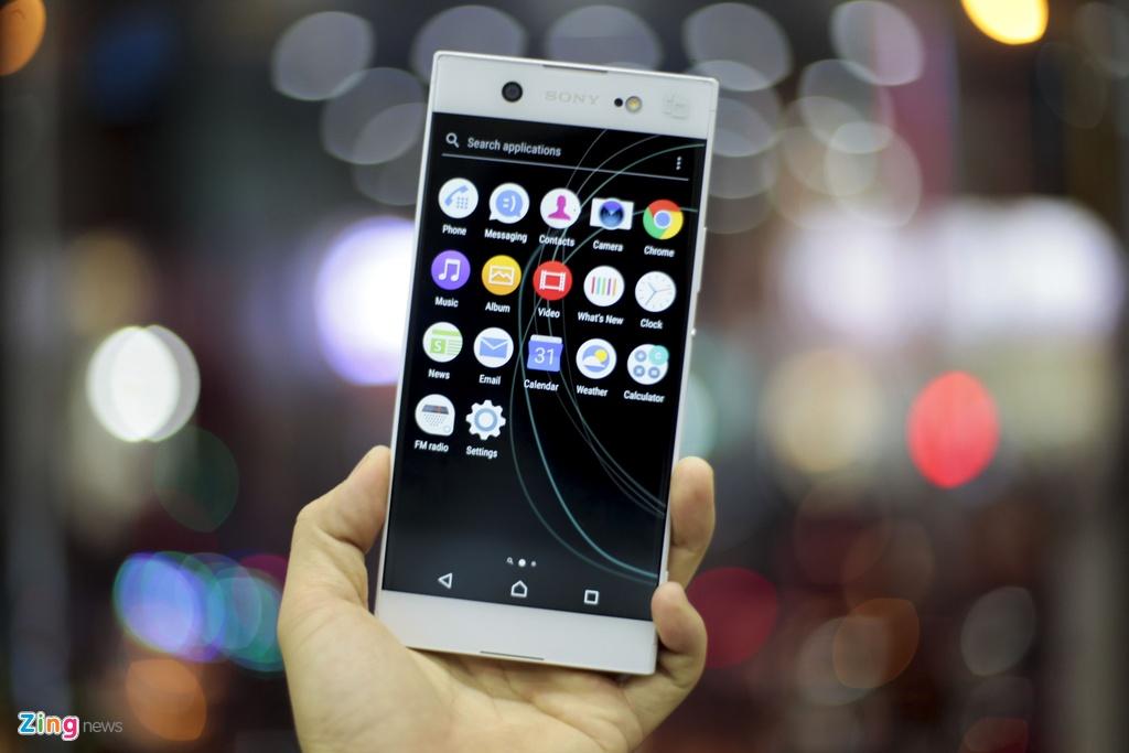 Mo hop Sony Xperia XA1 Ultra RAM 4G, camera 23 MP gia 8 trieu hinh anh 3