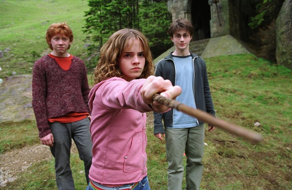 Emma Watson da truong thanh tren man anh nhu the nao? hinh anh 3