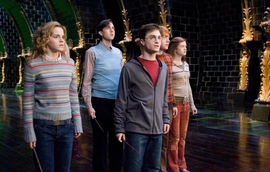 Emma Watson da truong thanh tren man anh nhu the nao? hinh anh 5