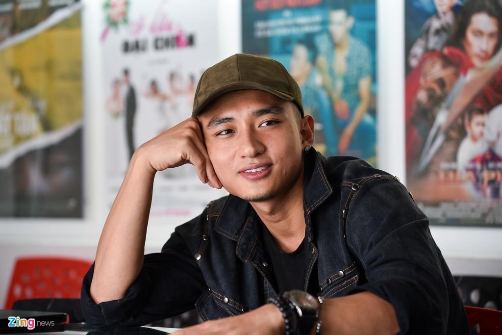 Huu Vi: 'Angela Phuong Trinh mang lai cho toi nhieu cam xuc dac biet' hinh anh 2