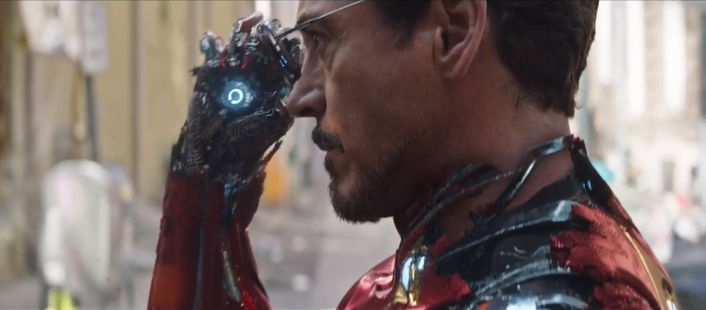Cac chi tiet dat gia trong trailer moi cua 'Avengers: Infinity War' hinh anh 8