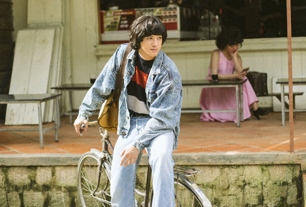 Hot boy 'Thang nam ruc ro': Chi co the noi chuyen voi Jun Vu hinh anh 3