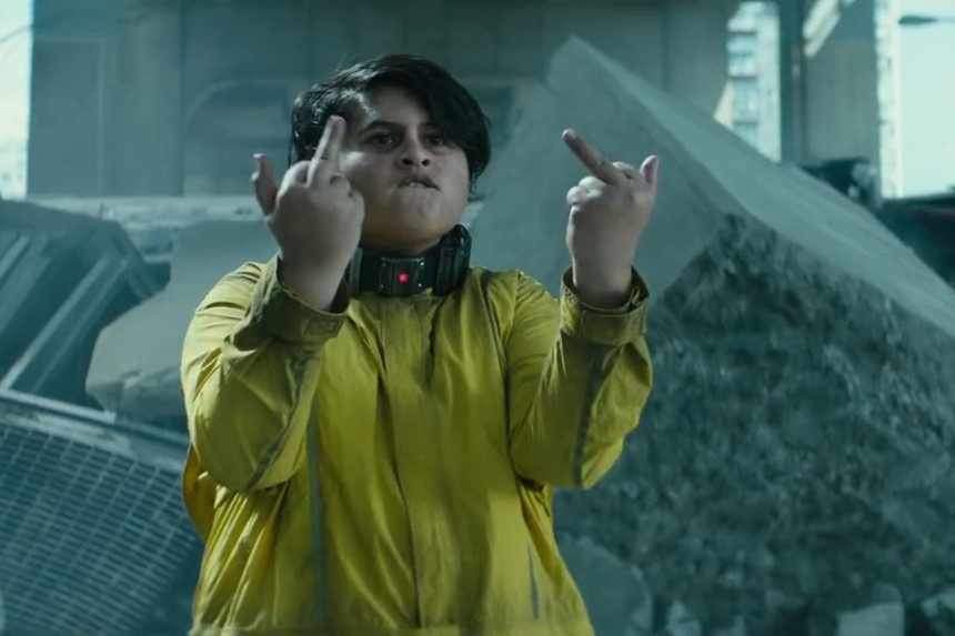 10 dieu thu vi khan gia co the bo qua trong trailer 'Deadpool 2' hinh anh 7