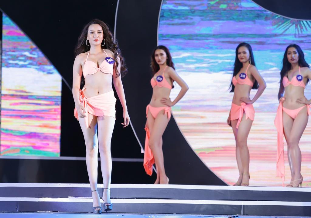 Thi sinh Hoa hau bien Viet Nam Toan cau 2018 trinh dien bikini hinh anh 3