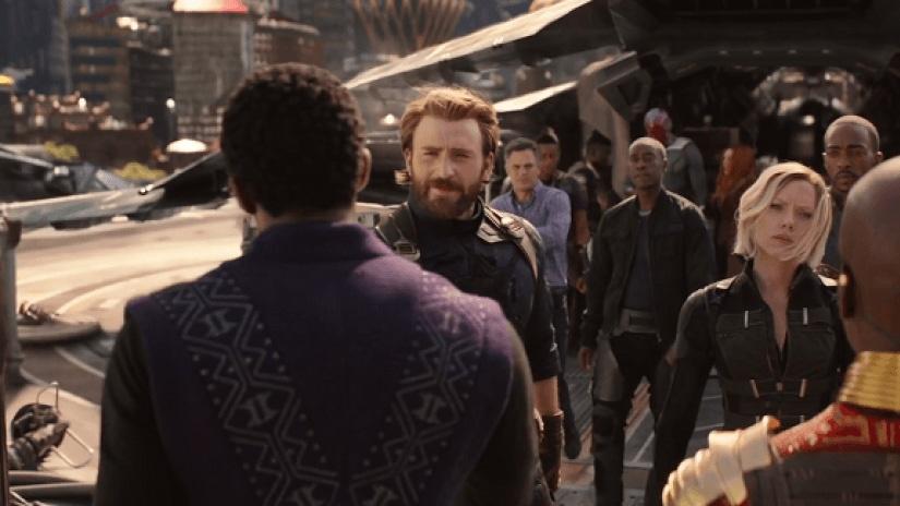 'Avengers: Infinity War' va nhung loi nhan xet co canh truoc gio G hinh anh 3