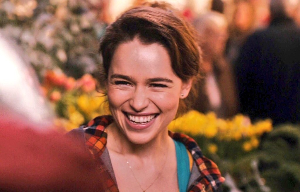 Emilia Clarke: Hanh trinh toa sang tu vai 'Me Rong' den 'Star Wars' hinh anh 4
