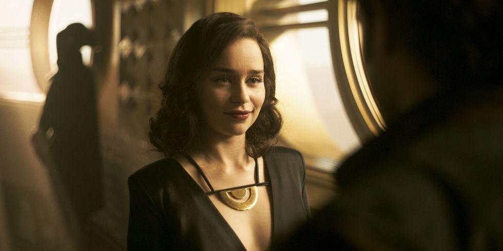 Emilia Clarke: Hanh trinh toa sang tu vai 'Me Rong' den 'Star Wars' hinh anh 2