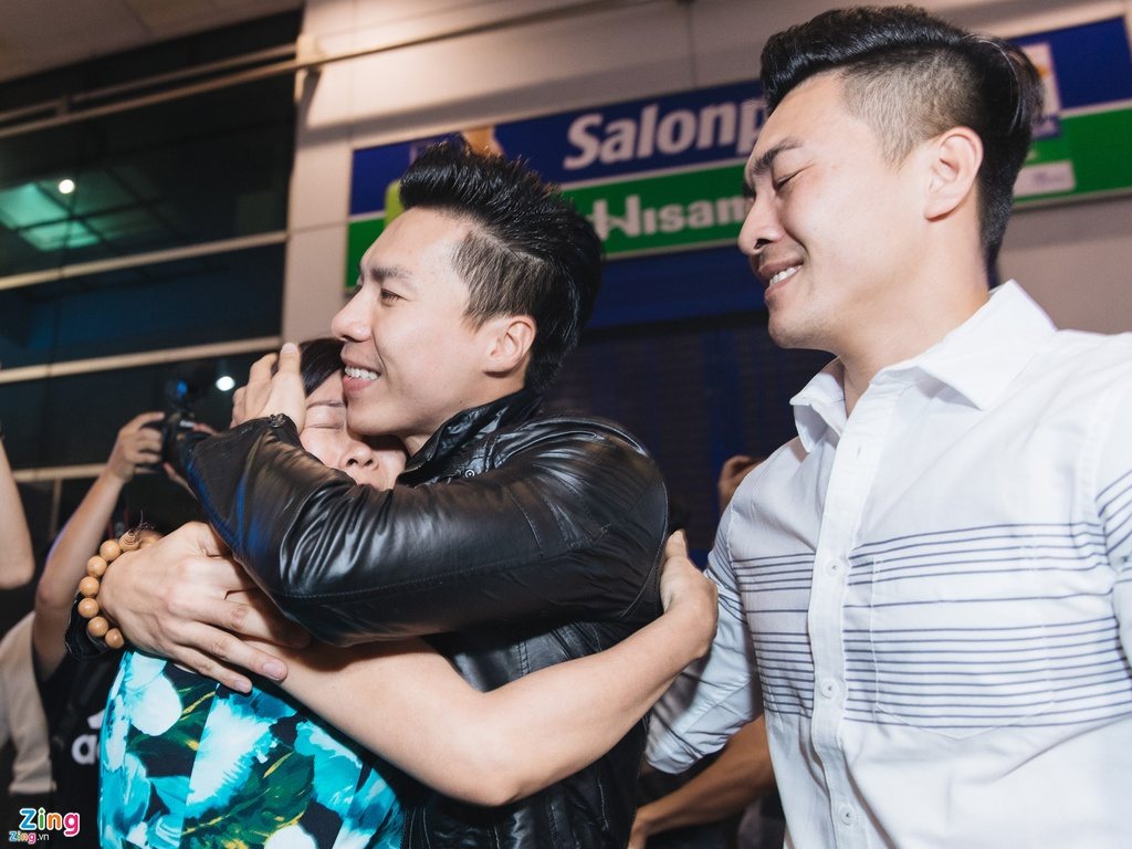 Vo Quoc Nghiep: 'Muon chong va anh Quoc Co dung thi dau' hinh anh 1