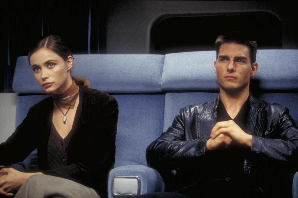 Tom Cruise van tre, nhung nhung nguoi tinh man anh cua anh da gia hinh anh 12