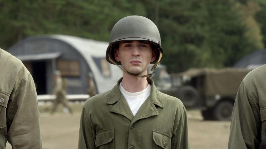 13 khoanh khac dang nho nhat cua 'Captain America' Chris Evans o MCU hinh anh 1