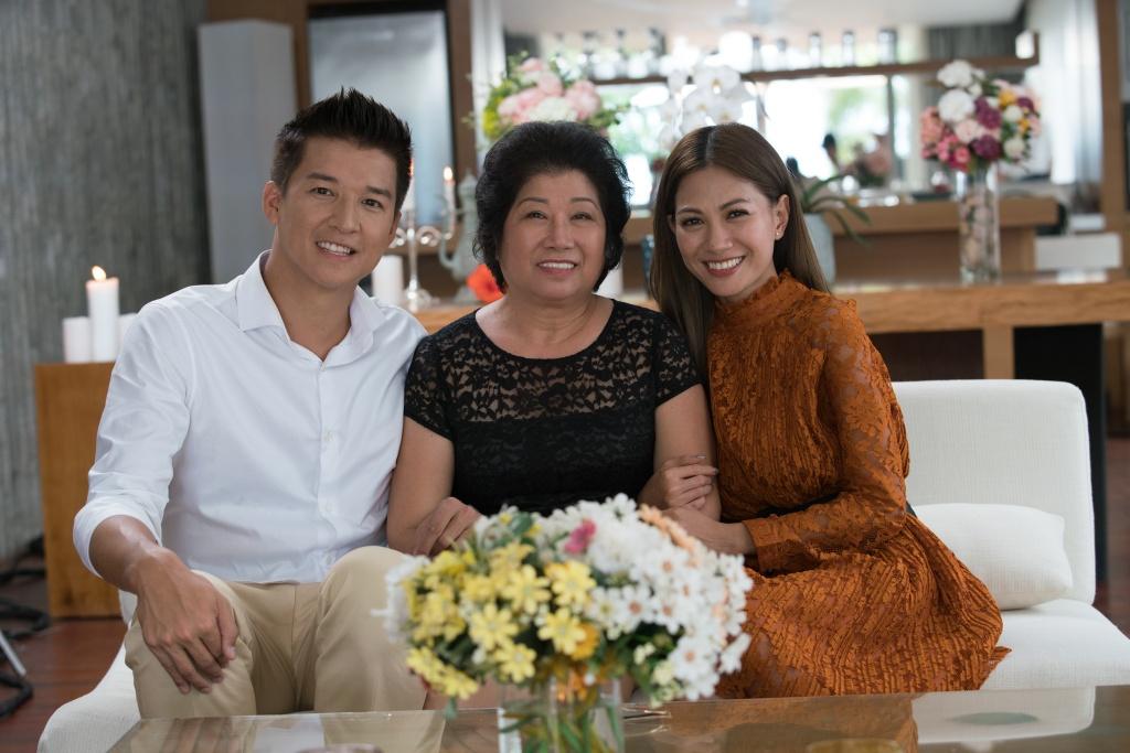 Thùy Dương được mẹ Quốc Trung nhận xét là cô gái yếu đuối nhưng lại thích  hợp làm vợ.