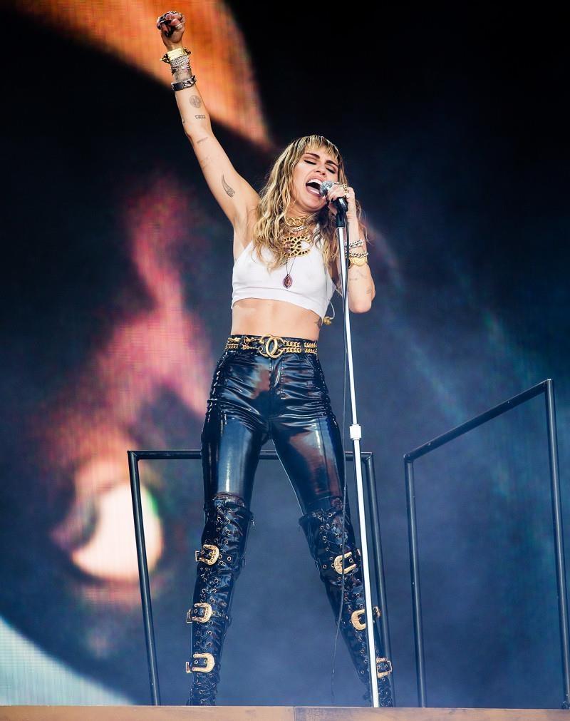 Miley Cyrus: 'Ket hon voi Liam, toi van bi hap dan boi phu nu' hinh anh 10