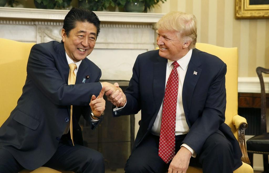 'Hen ho voi vang': Nhieu lo ngai Trump trao chien thang cho Trieu Tien hinh anh 2