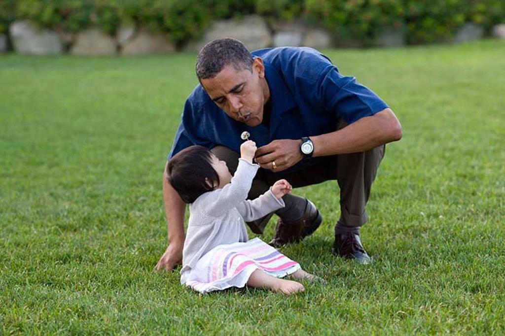 Nhung khoanh khac binh di cua Obama voi tre em hinh anh 1