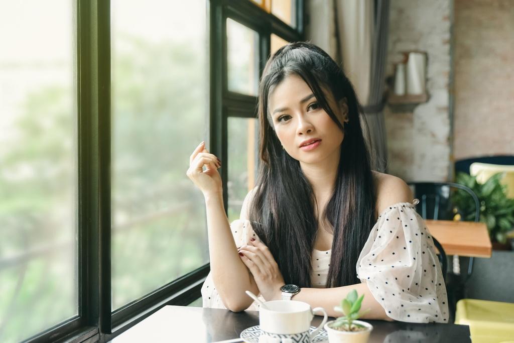 Duong Hoang Yen: 'Toi khong bat chuoc Huong Giang lam MV drama' hinh anh 3