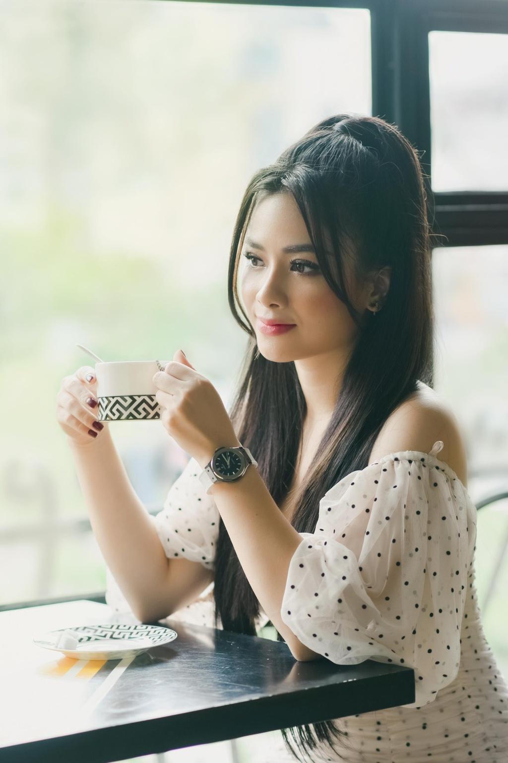 Duong Hoang Yen: 'Toi khong bat chuoc Huong Giang lam MV drama' hinh anh 4